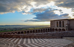 Basilica of San Francesco d'Assisi (Mr.Dare) Tags: assisi umbria italia italy basilica church cathedral chiesa clouds storm sky pope medieval architecture building rain sunset