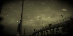 Desolación (mayavilla) Tags: desolación puente sky efecto people dark oscuridad