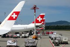 At the gate (oobwoodman) Tags: switzerland suisse schweiz swiss zrh kloten swissinternationalairlines swissflag plane airplane aeroplane avion flugzeug winglet tail airport aéroport flughafen