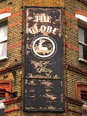 Globe- Marylebone (Draopsnai) Tags: globe pub pubsign wallsign faded lissongrove marylebone
