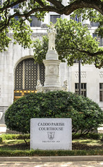 Caddo Parish Courthouse (photographyguy) Tags: louisiana shreveport caddoparishcourthouse courthouse court statue texasst monument confederate sidewalk oaktrees