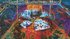 Ai Weiwei 45 CocaChaos 11 (wos---art) Tags: bildschichten cocachaos cola scherben schaukästen krug container actionpainting teller dekoration bemalung konsequenzen zwangsläufig zukunftsaussicht zerstörung auflösung trümmer rest überbleibsel