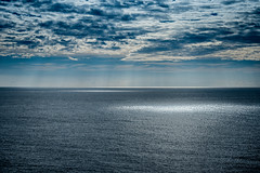 Vastness (bp-122) Tags: sea ocean adriatic croatia vast vastness neverending huge cloud sky rays orbs light