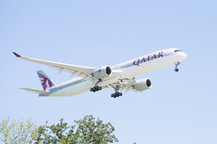 Qatar Airways Airbus A350-1041 Lands at IAH, Houston 1906081542 (Patrick Feller) Tags: airline airliner airplane aircraft iah intercontinental airport houston harris county texas plane jet qatar airways airbus a3501041 a7ana
