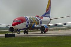 "Southwest Airlines Boeing 737-7H4(WL) N280WN ""Missouri One"" (MIDEXJET (Thank you for over 2 million views!)) Tags: milwaukee milwaukeewisconsin generalmitchellinternationalairport milwaukeemitchellinternationalairport kmke mke gmia flymke southwestairlinesboeing7377h4wln280wnmissouri one southwestairlines boeing7377h4wl n280wn missourione boeing boeing7377h4 boeing737700 boeing737 737 737700 7377h4 flymkemkemkehomemkeplanespotter wisconsinplanespotter avgeekavphotographyaviationavaviationgeek aviationlifeaviationphotoaviationphotosaviationpicaviationpicsaviationpicturesplanespotterplanespottermke"