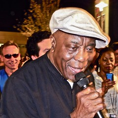 buddy guy - listen (Shein Die) Tags: buddyguy blues concert festival orlando guitar legend florida live
