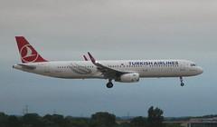 Turkish Airlines TC-JTR Airbus A321-231 flight TK1983 arrival at London Heathrow LHR England UK from Istanbul IST Turkey (Cupertino 707) Tags: tcjtr turkish airlines arrival london heathrow lhr england uk from istanbul ist turkey turkishairlines airbus a321231 flight tk1983