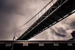 San Francisco (Willers1404) Tags: highcontrast sanfrancisco cloudy monochrome bridge dramatic
