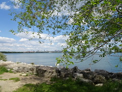 Humber Bay Park West, Toronto (Trinimusic2008 -blessings) Tags: trinimusic2008 judymeikle nature spring toronto to ontario canada wethenorth nbafinals raptors sonydschx80 lake lakeontario