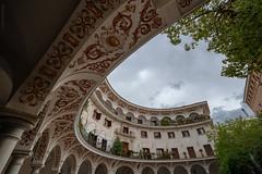 ...elipsis (^ ^ Saha) Tags: sevilla plazadelcabildo pasajedelosseises arenal