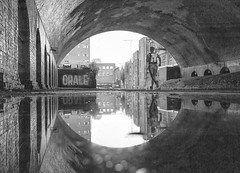 20190612_Snow Hill Canal (Damien Walmsley) Tags: runner canal canals canalandrivertrust water birmingham shelter rain