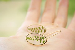 Resin jewelry with flower (Chlorophyll Jewelry) Tags: chlorophyll jewelry chlorophylljewelry handmade handcraft bijoux résine etsy shop france nature natural botanical bohemian gift girlfriend minimalist ring earrings bracelet necklace