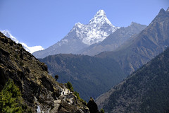 Ama Dablam overlooking trail (mykol77) Tags: amadablam everest ebc himalayas nepal