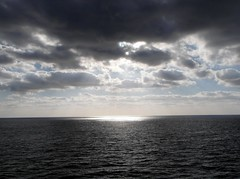Santa Cruz de Tenerife (ForceMajeureMontenegro) Tags: santacruzdetenerife tenerife ocean atlantic nuvole oblaci okean atlantik sunset sun