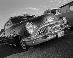Vintage Buick Eight (Howard Sandler (film photos)) Tags: vintagecar grille buick fifties wideangle film 6x7 koniomega omegon delta xtol black white