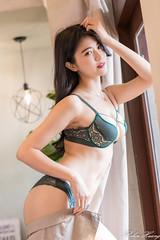 DSC_9542 (Robin Huang 35) Tags: 大同區 臺北市 中華民國 林珈伊 femi 01 辦公室 內衣 underwear 旅拍 人像 portrait lady girl nikon d850