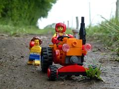 Fitness-Trecker (captain_joe) Tags: toy spielzeug 365toyproject lego minifigure minifig moc car auto trecker tractor lanz bulldog lanzbulldog