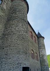 fachada ventanas exterior Salon de los Caballeros Castillo de Vianden Luxemburgo (Rafael Gomez - http://micamara.es) Tags: fachada ventanas exterior salon de los caballeros castillo vianden luxemburgo