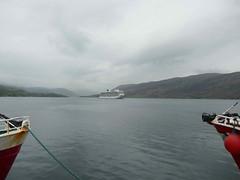 Shipping - Viking Cruises [Viking Sun] 190519 Ullapool 6 (maljoe) Tags: ship ships shipping vikingsun vikingcruises ullapool scotland