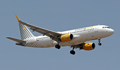 EC-LVO LMML 12-06-2019 Vueling Airlines Airbus A320-232 CN 5533 (Burmarrad (Mark) Camenzuli Thank you for the 18.9) Tags: eclvo lmml 12062019 vueling airlines airbus a320232 cn 5533