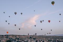 DSCF7660 (KirillSokolov) Tags: yellow kappadokia fujifilm fujifilmru xtrance mirrorless xt2 travel trip goreme turkey турция гореме путешествия фуджи беззеркалка воздушныйшар balloons sky landscape sunrise рассвет пейзаж