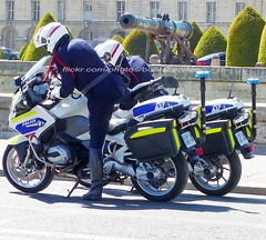"bootsservice 19 2020920 (bootsservice) Tags: police ""police nationale"" policier policiers policeman policemen officier officer uniforme uniformes uniform uniforms bottes boots ""riding boots"" motard motards motorcyclists motorbiker biker moto motorcycle bmw paris"