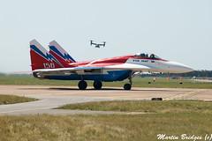 156 (Martin Bridges Photography) Tags: riat raffairford fairford aircraft airshow planes aviation nikon nikkor mig29 mig29ovt riat2005 mv22 fastjet military