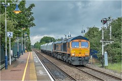 66726. Creswell. (Alan Burkwood) Tags: creswell derbyshire gbrf 66726 4d91 shirebrookdavissondoncasterdowndecoy wagonmove diesel locomotive station semaphore signals