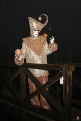 QUINTESSENZA VENEZIANA 2019 865 (aittouarsalain) Tags: venise venezia carnevale carnaval costume mask masque nuit