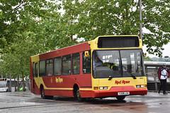 Red Rose Aylesbury 50521, Y358LCK. (EYBusman) Tags: red rose travel buses aylesbury buckinghamshire town centre dennis dart slf east lancs lancashire spryte y358lck eybusman