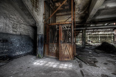 Elevator (Fine ArtFoto) Tags: sonya7riii urbex artfoto gestern dream wwwfineartfotocom urban exploration urbexart urbandecay lost place lostplaces lostplace decay decaying discard discarded old oblivion alt abandoned forgotten vergessen verlassen derelict aufgegeben rotten verottet industry industrie rust rusty iron factory grunge subculture end time last days lift lastenlift elevator