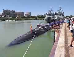 SUBMARINO S-74 TRAMONTANA (SPANISH NAVY) (DAGM4) Tags: difas2019 submarinos74tramontana s74 tramontana submarino armadaespañola armadaespanhola armadaespagnole spain spanien spanishnavy españa europa europe espagne espanha espagna espana espanya espainia laarmada militar military sevilla andalucía ríoguadalquivir 2019