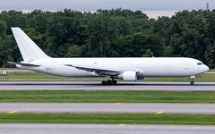 MSP N1511A (Moments In Flight) Tags: minneapolisstpaulinternationalairport msp kmsp mspairport mspcvg gti3000 boeing 767 767383er bdsf cargoplane bedekspecialfreighter atlasair b763