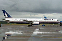 Boeing 757 G-BYAJ Britannia Airways - Edinburgh Airport 14/10/2002 (robert_pittuck) Tags: airport edinburgh boeing airways 757 britannia gbyaj 14102002