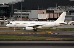 A6-EIC (ianossy) Tags: airbus a320232 a320 lhr egll a6eic
