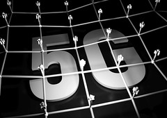 5G Netzwerk - sw (Christoph Scholz) Tags: 5g internet der dinge things 4g speed latenz ausbau telekom www frequenzen auktion online mobilfunk handy echtzeit strahlen belastung autonomes fahren smart home digitalisierung