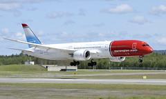 Norwegian LN-LNT, OSL ENGM Gardermoen (Inger Bjørndal Foss) Tags: lnlnt norwegian boeing 787 osl engm gardermoen
