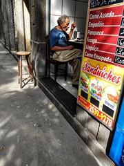 boa hora (lucia yunes) Tags: bar bares botequim boteco pub streetscene streetphotography streetlife cenaderua fotografiaderua fotourbana mobilephotography motoz3play luciayunes