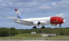 Norwegian LN-LND, OSL ENGM Gardermoen (Inger Bjørndal Foss) Tags: lnlnd norwegian boeing 787 osl engm gardermoen