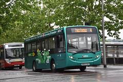 Redline Aylesbury MK63XAR. (EYBusman) Tags: redline travel buses independent bus coach aylesbury town centre buckinghamshire dennis alexander enviro 200 dart green route mk63xar eybusman