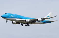 PH-BFW Boeing 747-400(M) KLM AMS 2019-06-02 (25a) (Marvin Mutz) Tags: phbfw klm boeing 747400m ams aviation planespotting avgeek aircraft airplane aeroplane plane pilot cockpit crew passenger travel transport jet jetliner airline airliner wings engines airport runway taxiway apron clouds sky flight flying eham amsterdam schiphol polderbaan netherlands