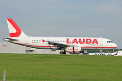 OE-LMB (afellows80) Tags: airbus a320 lauda laudamotion egss stn oelmb stansted