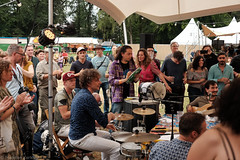 Roda da Holanda (4 van 4) (Maarten Kerkhof) Tags: fujifilmxe2 internationalmusicmeeting liveonstage musicmeeting musicmeetingnijmegen nathanielklumperbeek rodadaholanda udodemand xe2