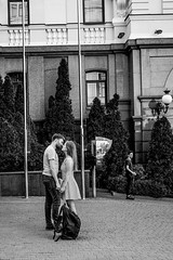 the kiss (Rien van Voorst) Tags: streetphotography straatfotografie strasenfotografie fotografíacallejera photographiederue fotografiadistrada monochrome city urban highcontrast kiev ukraine kiss kus love liefde liebe