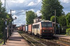 50820 Le Havre - Bordeaux Hourcade (bb_17002) Tags: station gare véhicule extérieur route chemin de fer locomotive nuit horizon crépuscule voiture ville train sncf naviland bb26000 sybic