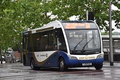 Star Travel Aylesbury YJ13HJZ. (EYBusman) Tags: star travel independent bus coach aylesbury town centre buckinghamshire optare solo sr minibus tyre coaches nelson lancashire adlington yj13hjz eybusman