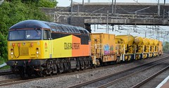 56105 Cheddington (DaveB aka Dave.thewhites) Tags: class 56 grid cheddington colas loco train diesel freight wagon working