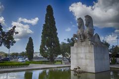 013819 - Lisboa (M.Peinado) Tags: jardíndelaplazadelimperio jardimdaplaçadoimperio fuente escultura caballos parque jardines belém lisboa portugal 07092019 juniode2019 2019 canonpowershotsx60hs canon ccby hdr