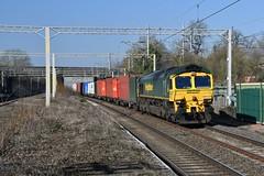 66523 Castlethorpe (Paul Baxter 362) Tags: class66 66523 freightliner freightlinerheavyhaul 4l75 westcoastmainline wcml castlethorpe castlethorpestation