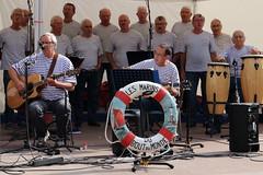 BCK@47 Breizh_8 (lbc.kb7747) Tags: breizh bretagnesanspareil costumebreton groupe musique complicité été summer marins finistère boutdumonde chant tradition